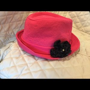 Women's pink hat with a bow
